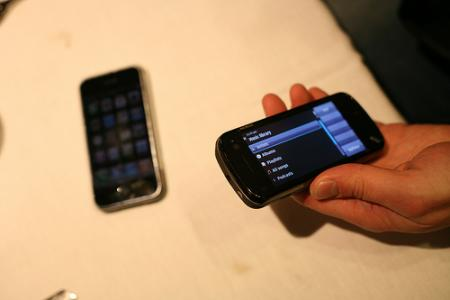 Nokia N97 compared with iPhone