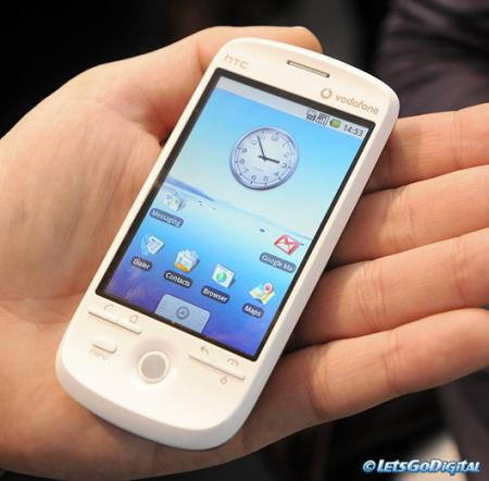 HTC Magic review, held in someone's hand