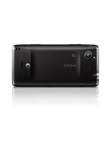 Sony Ericsson Xperia X2 showing 8.2 megapixel camera