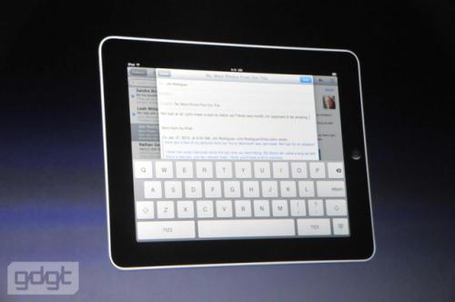 Aplpe iPad keyboard