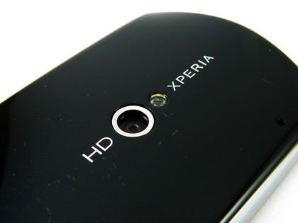 Sony Ericsson Xperia Neo showing camera