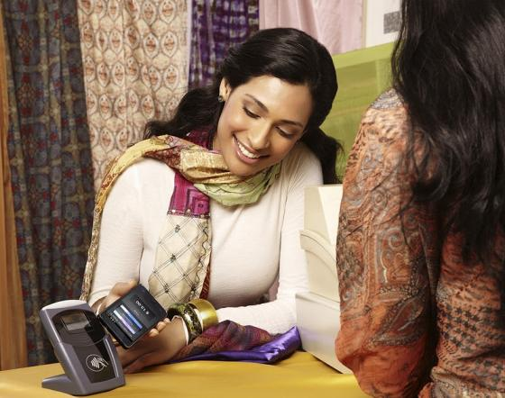 Samsung Galaxy S II NFC contactless payment