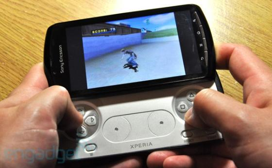 Sony Ericsson Xperia Play with Tony Hawks game