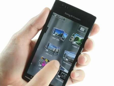Sony Ericsson Xperia Arc showing gallery