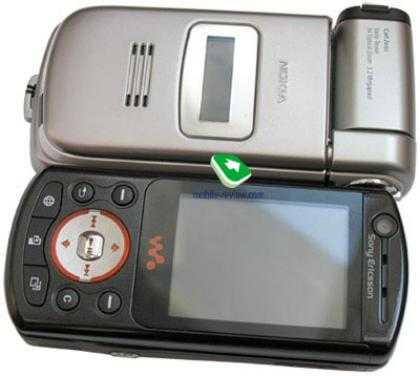 Nokia N93 compared to a Sony Ericsson W900i