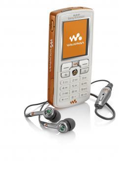 Sony Ericsson W800i Walkman phone